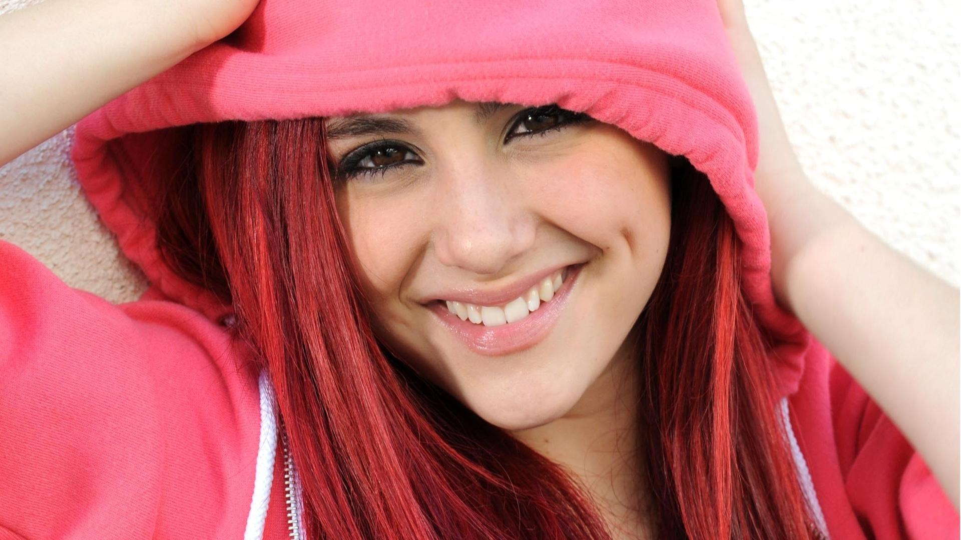 El secreto de belleza de Ariana Grande   Los mejores looks