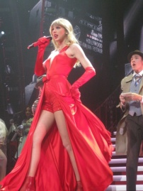 taylor swift lucky one red tour