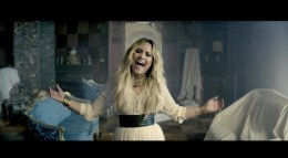 demi-lovato-old-mansion-let-it-go-video
