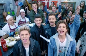 one-direction-midnight-memories-video